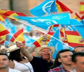 Baronowie hiszpańskiej centroprawicy nie chcą skrętu w prawo