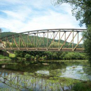 Zabytkowy most zostanie wysadzony dla Amerykanów