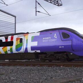 """Wyruszył """"pociąg LGBT"""""""