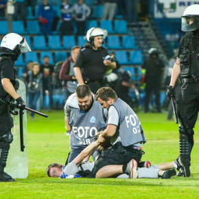 Policja i kluby wciąż bezkarne wobec kibiców