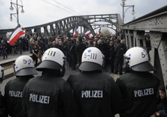 """Niemcy skrytykowane przez Radę Europy za niedostateczną walkę z """"rasizmem"""""""