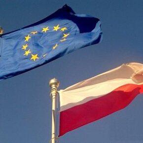Sukces Morawieckiego? Umowę z Brukseli krytykują nawet koalicjanci