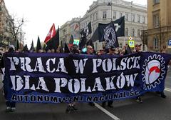 CBOS: Coraz więcej Polaków chce pracować za granicą