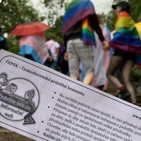 """Pedofile na praskiej """"Paradzie Równości"""""""
