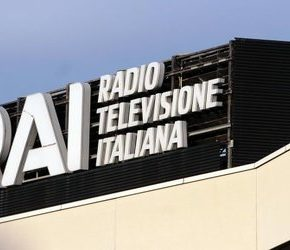 """""""Rewolucja kulturalna"""" we włoskich mediach"""