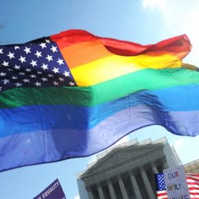 """Większość Amerykanów popiera """"małżeństwa"""" homoseksualne"""