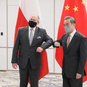 Szef dyplomacji odbył rozmowy w Chinach