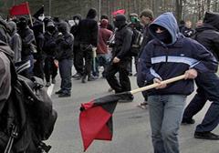 Szwecja: lider skrajnej lewicy oskarżony o usiłowanie zabójstwa
