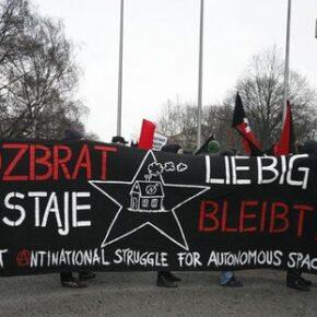 Anarchiści pobili feministki? Skrajna lewica kłóci się w Poznaniu