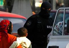 Instruktorzy amerykańskich służb zachęcają rumuńską policję do ulgowego traktowania Cyganów