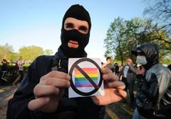 rus-no-way-for-gay