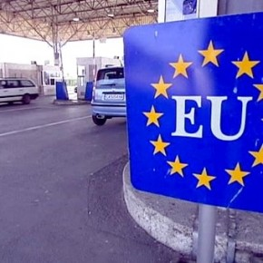 Niemcy i Austriacy za zawieszeniem układu z Schengen