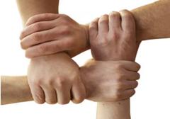 """Sklep fundacji """"Jeden drugiemu"""" jako wzorowy przykład społecznej samoorganizacji"""