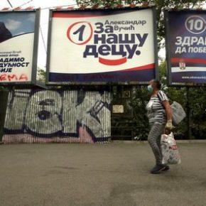 Triumf serbskiej centroprawicy przy bojkocie wyborów