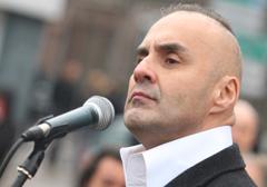 Francuski rząd chce delegalizacji narodowych ugrupowań