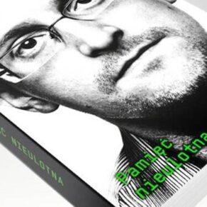 """Pamięć nieulotna"" - Edward Snowden"