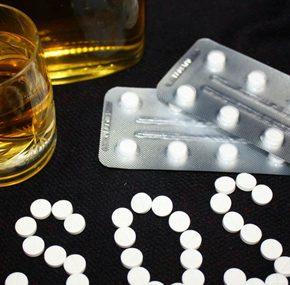 Coraz więcej Polaków uzależnionych od leków psychotropowych