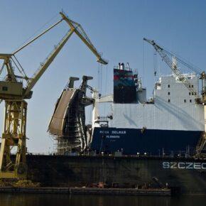 Likwidacja stoczni. Pracownicy obwiniają PiS