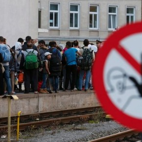 Szwecja zaostrzyła prawo w celu ograniczenia liczby imigrantów