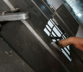 Reżim izraelski będzie przymusowo karmił strajkujących więźniów