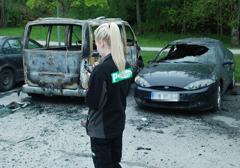 Szwecja: Mandaty dla... aut spalonych podczas zamieszek