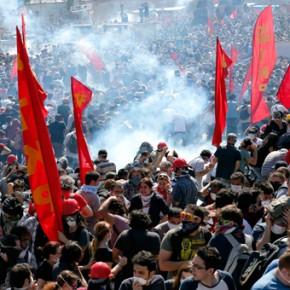 Turcja: Uniewinniono przywódców protestów na placu Taksim