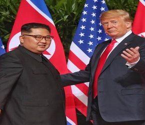 Historyczne spotkanie Kim Dzong Una i Donalda Trumpa