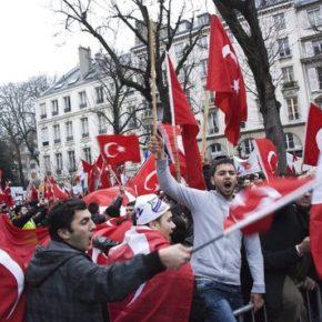 Polityk tureckiego pochodzenia chciał zapełnić listę swoimi rodakami
