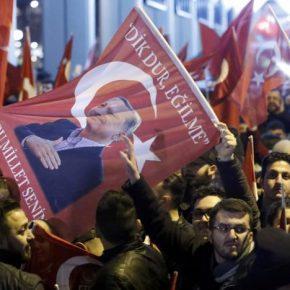 Tureckie protesty w Holandii