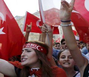 Turczynki wybierają opiekę nad dziećmi zamiast zatrudnienia