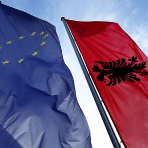 Szydło będzie wspierać Albanię w integracji z Unią Europejską