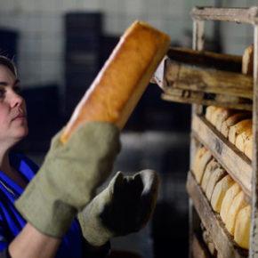 Liberalizacja kodeksu pracy zmusi Ukraińców do emigracji