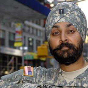 Siły Powietrzne USA akceptują religijny ubiór