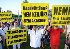 Węgry: Protesty przeciwko obozowi dla uchodźców