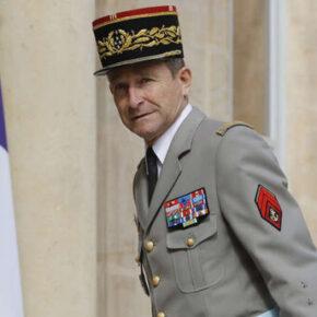 Generał obawia się wojny domowej we Francji