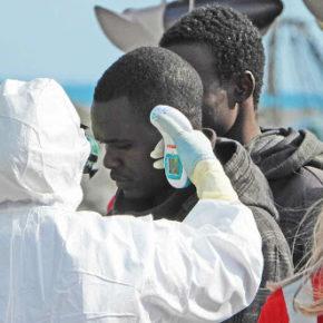 Włochy mają problem z koronawirusem u imigrantów