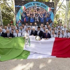Liberałowie alarmują: dla Włoch gra zbyt wielu włoskich piłkarzy