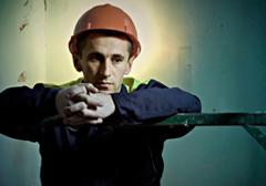 W Polsce regularnie łamane są prawa pracowników