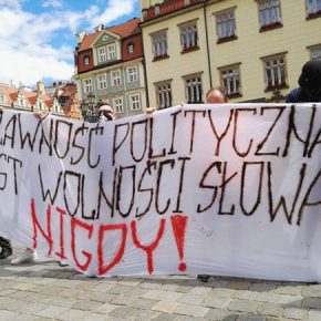 Wrocław: Autonomiczni Nacjonaliści przeciwko cenzurze internetu