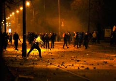 zamieszki-jako-narzedzie-walki-politycznej