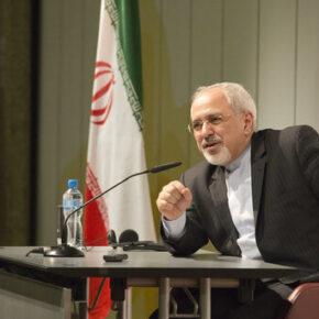 Szef dyplomacji Iranu krytykuje wpływy wojska