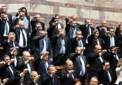 zloty-swit-parlament